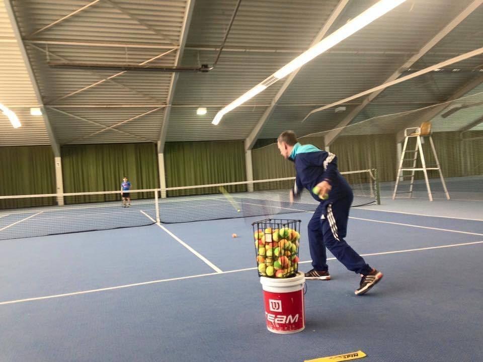 Tennisspieler Tennishallen Merzig